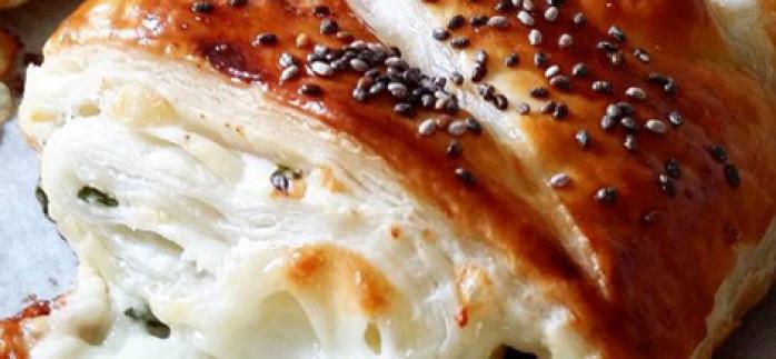 Baklava Yufkasından Çıtır Börek