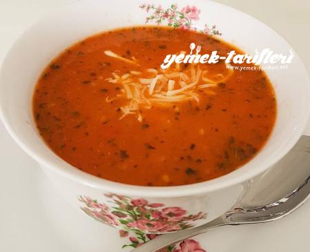 bulgurlu-domates-corbasi-450