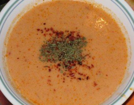 dövmeli tarhana çorbası