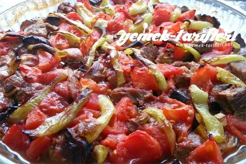 firinda-sebzeli-et-yemegi