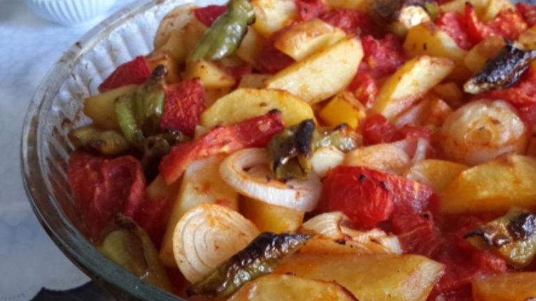 Fırında Patates Yemeği Tarifi